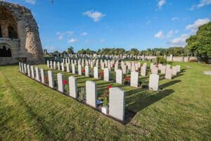 Commonwealth war graves at Kinloss Abbey